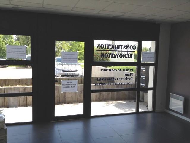 Location bureau arradon 140 m env for Bureau 56 vannes